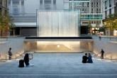 Apple inaugura loja majestosa em Milão