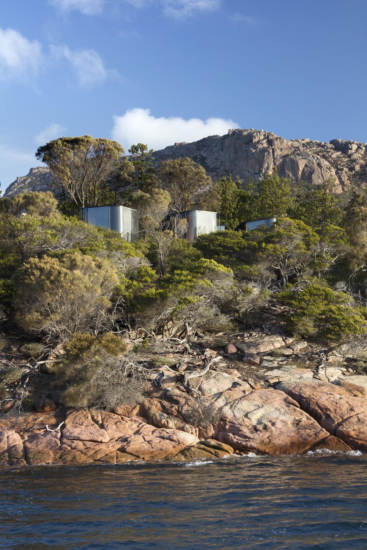 Chalé modernoso em parque na Tasmânia atrai turistas