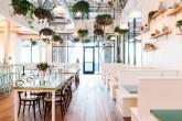 Decoração inspirada no oceano é diferencial de novo restaurante